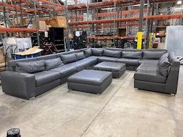 HUGE LEATHER SECTIONAL COUCH and