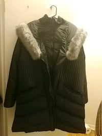 women's black and gray winter jacket/ coat 551 km