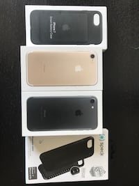 Two IPhone 7, Apple smart battery case & speck case  Winnipeg, R3Y 1W3