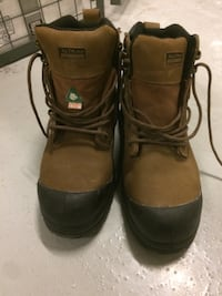 Construction boots 44 size North Vancouver, V7P 1H9