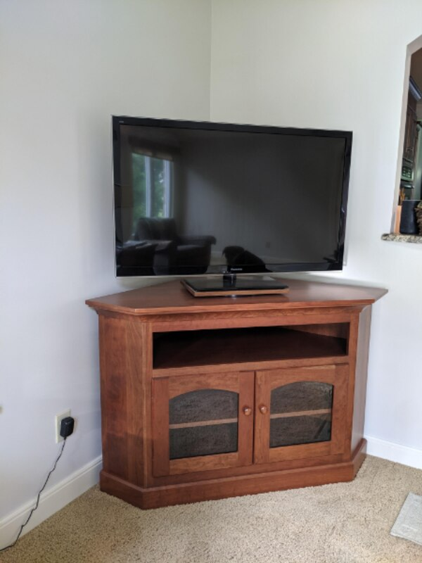 the latest b6401 54756 Must See! Amish Made Corner TV Cabinet