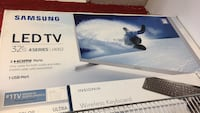 black Samsung flat screen TV box Montréal, H4C