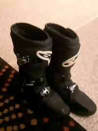 Brand new alpine allstars riding boots  Calgary