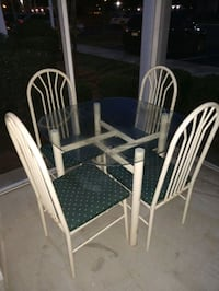 Glass Table Set NEED GONE