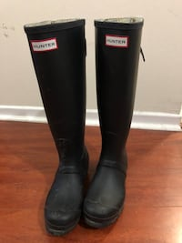 Hunter boots women.  Toronto, M2R 3N7