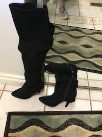 Tall over the knee high heel boots size 7. Excellent condition. Worn inside. Mississauga, L5M 3V4