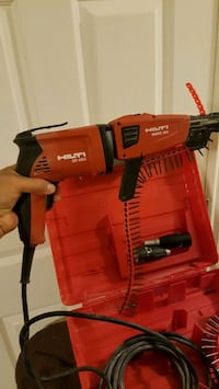 Hilti drywall gun(sd4500) with adapter(smd50)  Vancouver, V5R 4V3