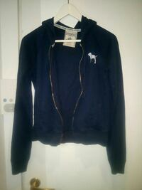 Svart full zip-jakke