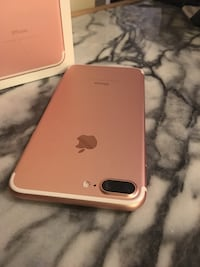 RoseGold IPhone 7 Plus 128gb