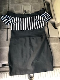 black and white striped crew-neck shirt 28 km