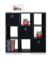 Selling Bookcase with Two Bins in Perfect Condition Kansas City, 64106