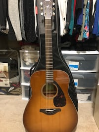 Yamaha Acoustic Guitar with Bag Falls Church, 22041
