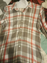 Grey and pink Flannel long sleeve Oswego, 60543