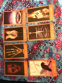 Tarot readings!
