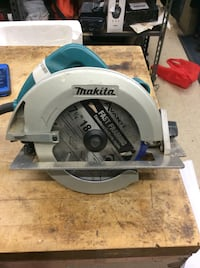 Makita circular saw power tool 5007F. Used.