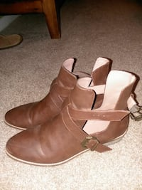 Mossimo size 11 womens ankle boots