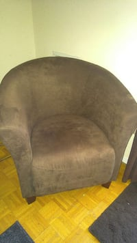Just bought the chair have no room for it excellen Oakville, L6M 2Z2