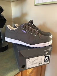 Golf shoes Brampton, L6X