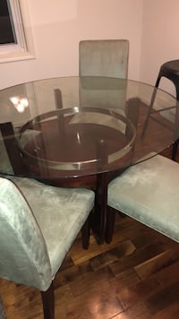 brown wooden frame glass top table Pasadena, 21122