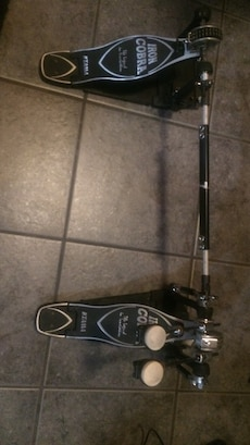 Black and grey iron cobra double bass pedal