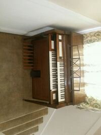 Wood Organ Piano Freeport, 61032