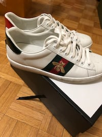Gucci ace sneaker bee embroidery  Toronto, M2R 2C2