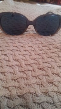 Womens GENTLY USED COACH sunglasses Vancouver, V6A 1G6