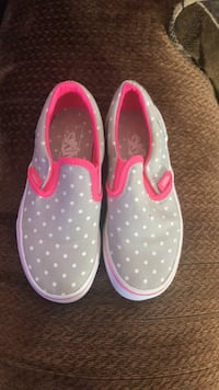 Pair of pink-and-white slip on shoes Kernersville, 27284