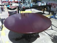 Table and 4 chairs wood 805 mi
