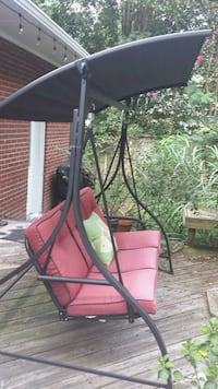 Awesome porch/deck swing! Newport News, 23606