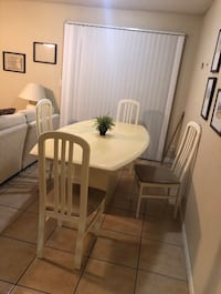 Reduced for quick sale table set  Stockton, 95206