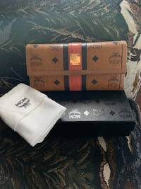 Authentic MCM wallet Lowell, 01851