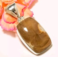 925 STERLING SILVER GEMSTONE PENDANT WITH CHAIN.  Hollywood, 33024