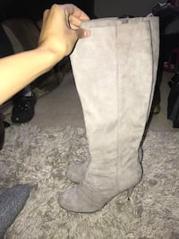 Woman pair of gray suede Boots! (Need gone) Upper Marlboro, 20774