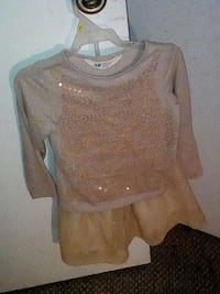 2-4 yrs gold glittery top and skirt Sulphur