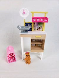 Barbie Vet Table - Doggie - Pet Carrier