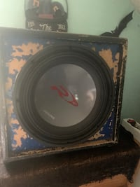 12'Alpine sub Woofer and box pick up only OBO Taylor, 48180