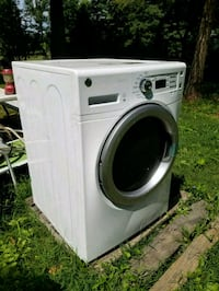 Front load washer -must go  Westminster, 21157