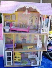 pink and white doll house Fullerton, 92832
