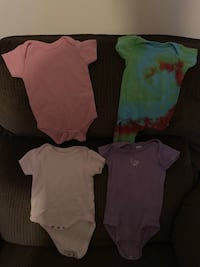 Girls 3-6 mo short sleeve onesies  Paramount, 21742