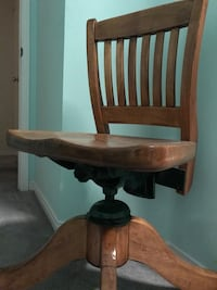 Antique Desk Chair Mississauga, L5V