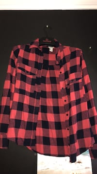 Red checkered flannel London, N6P 1K8