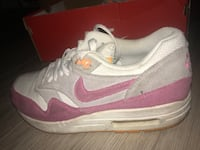 Nike air Max one grise et rose  Marseille, 13007