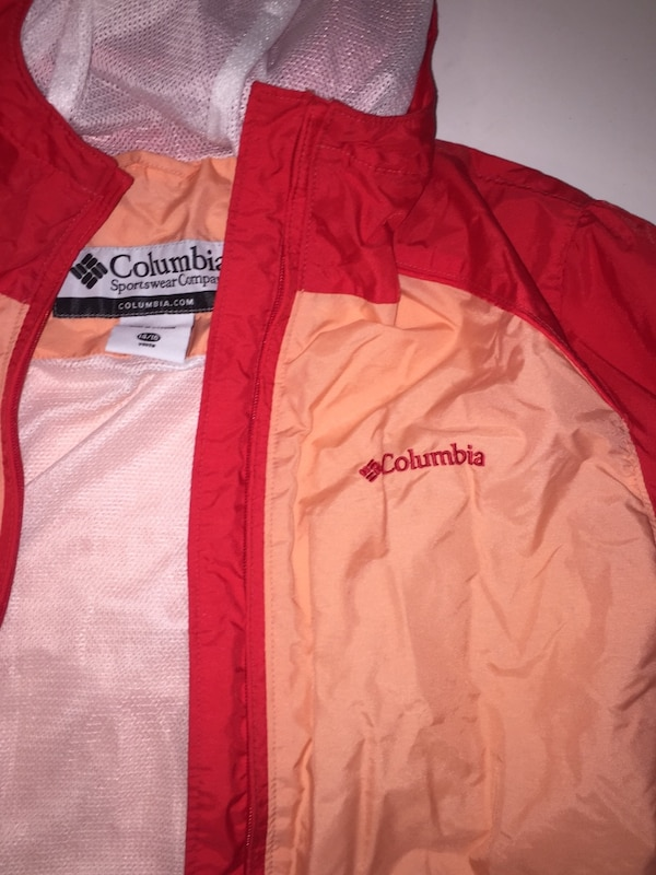 Red and light coral Columbia wind breaker 9fe430e5-1f85-4c01-81c5-2f24fcee7188