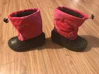 pair of red-and-black duck boots Saint-Ambroise-de-Kildare, J0K
