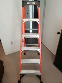 6 ft red ladder (NXT1A06) Santa Ana, 92707