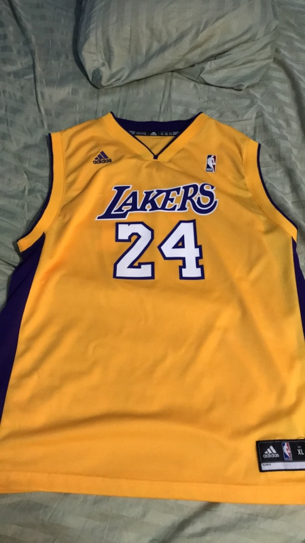 c698ec25e Used yellow and blue Lakers 24 jersey for sale in Richardson - letgo