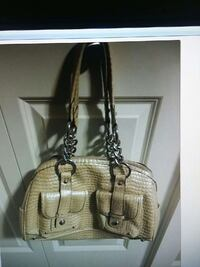 Kathy purse excellent condition Coquitlam, V3J 2H6