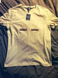 Brown gucci t East Orange, 07018