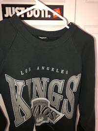 Los angeles kings crewneck Winnipeg, R2X 0J6